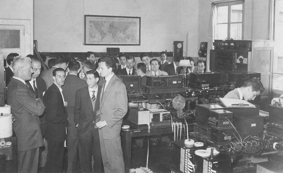 R. Mann y sus trabajadores. Años 60
