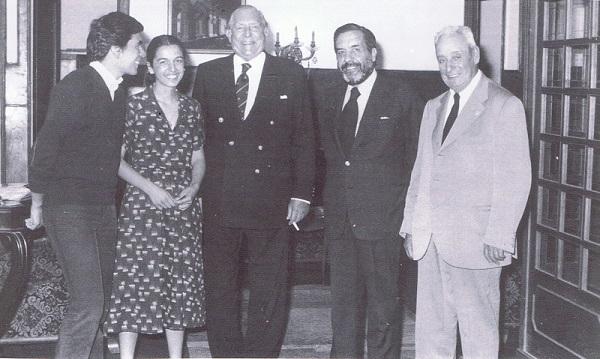 José Regojo dcha con D. Juan de Borbón su yerno Adriano y dos de sus nietos