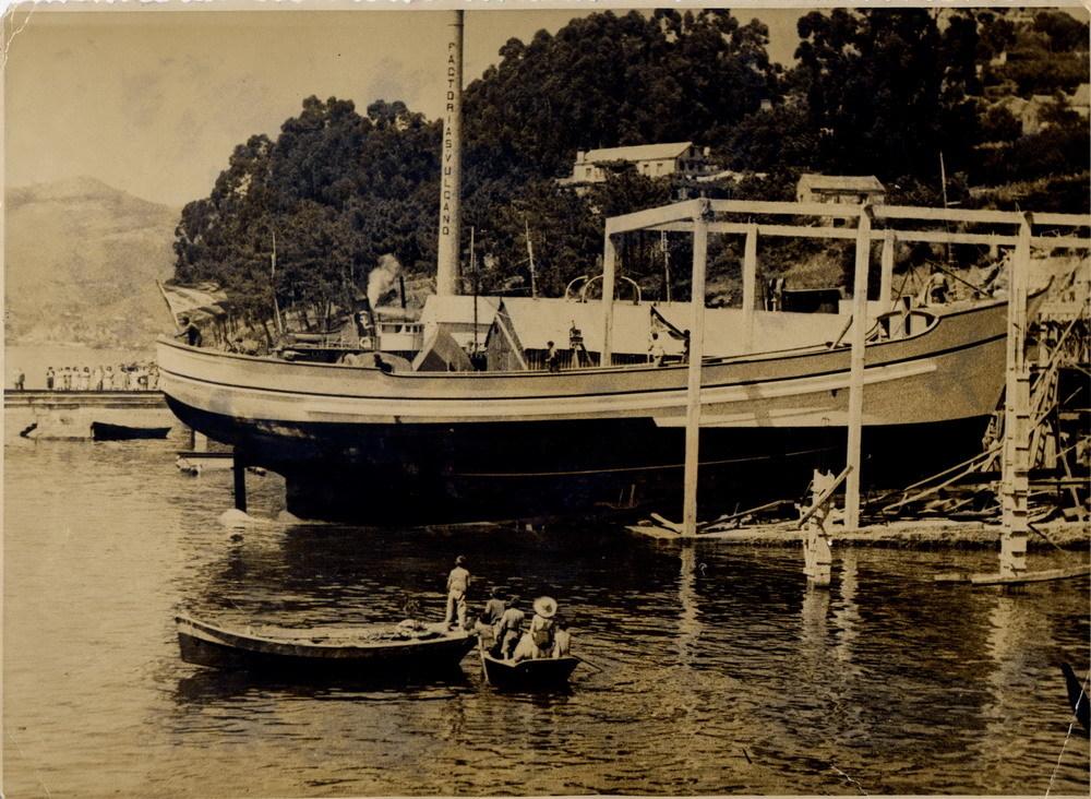 Construcción de buque en madera. Años 30