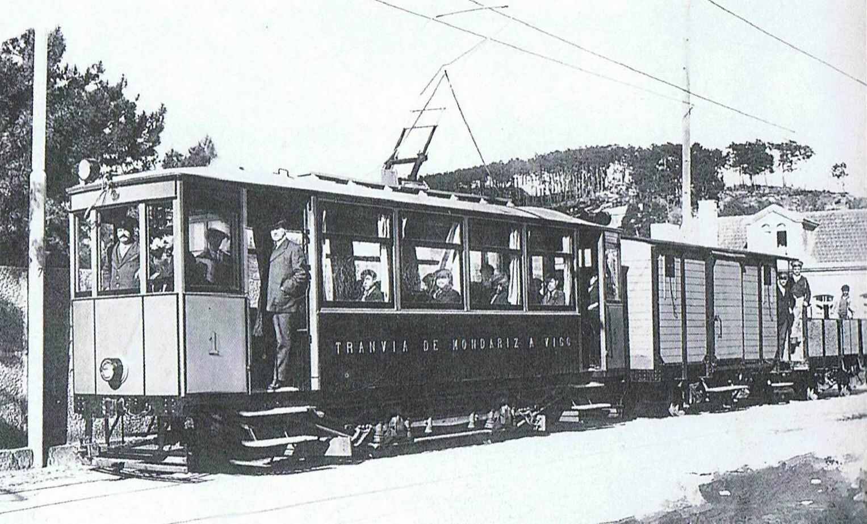 tranvias. Tranvía con remolque a Porriño en los años 30