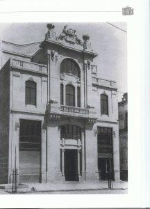 GROMAN. Casa del Pueblo